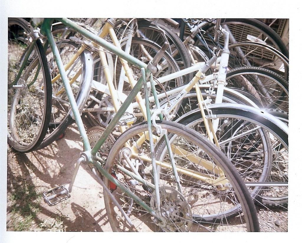 buncha' bikes.