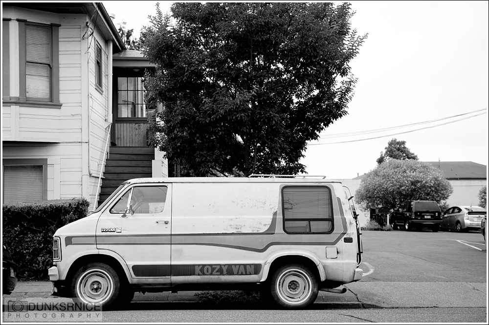 Van B&W.