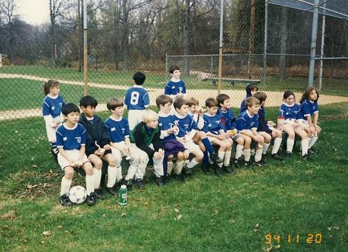 小学3、4年生のサッカーチーム/townで優勝@NJ州 1994.11.20 by Poran111