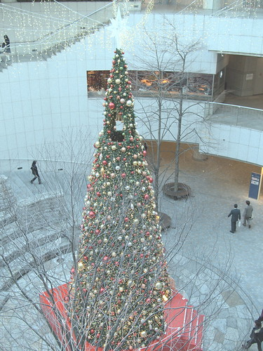 東京オペラシティ クリスマスツリー2009