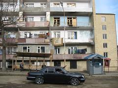 IMG_8625 (Laetitia Blancher) Tags: street building contrast mainstreet walk direction armenia contraste bmw rue marche hlm wander shushi anachronism balade armnie errance anachronisme armenie karabakh karabagh artsakh rueprincipale chouchi