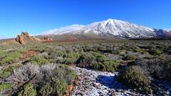 El Teide, 3718m (monchoparis) Tags: espaa canon eos spain canarias tenerife teide canaries espagne canaryislands islascanarias 500d canon1022 caadasdelteide