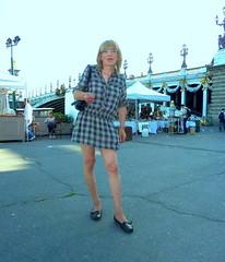 90 (ab,pascale) Tags: paris public upskirt pantyhose culotte collant