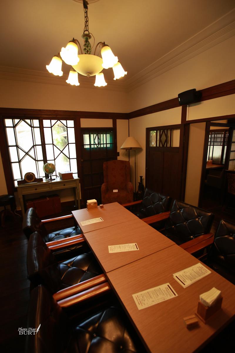 青田76 應接室的六人座空間