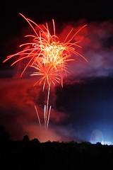 CONTRAST (Fabian Gruber) Tags: neumarkt oberpfalz volksfest public festival firework feuerwerk big ferris wheel contrast kontrast fair riesenrad long exposure langzeitbelichtung night nacht red blue rot blau juravolksfest
