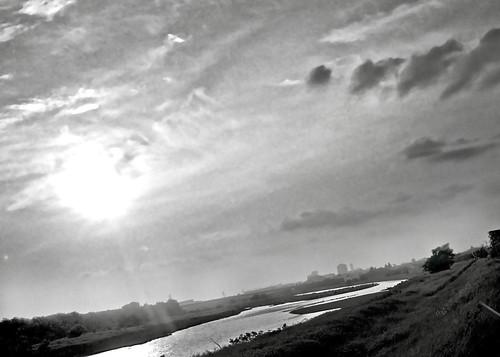 Le coucher de soleil de La Tama Rivière