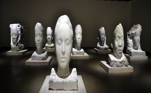 Jaume Plensa alabaster heads