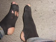 Skms (lasseman92) Tags: broken stockings socks out big sock toe hole bad holes holy odd terrible worn torn heel cry trasig hobo hollow ragged tattered wornout holey inherited hl froozen coold t holysock strumpa luffar sockholes strumphl utslitna