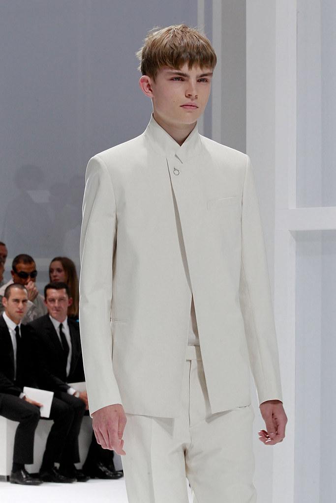 Timothy Kelleher3101_SS12 Paris Dior Homme(VOGUEcom)