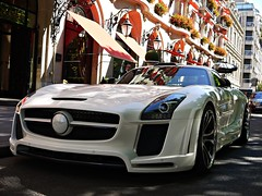 Mercedes Benz SLS FAB Design Gullstream (Niklas Emmerich Photography) Tags: plaza summer fab white black paris mercedes benz design july 63 carbon avenue sls amg doha spoiler montaigne gullwing arabs 2011 athenee althani quatar gullstream worldcars 02072011