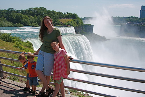 Me and Kids at Niagara 2011