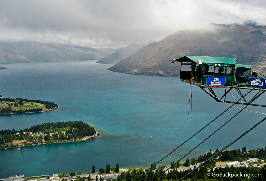 Bungy jump in Queenstown