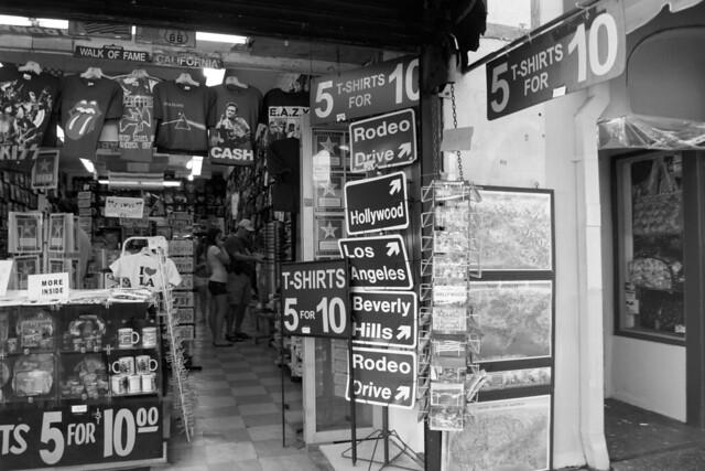 LA store