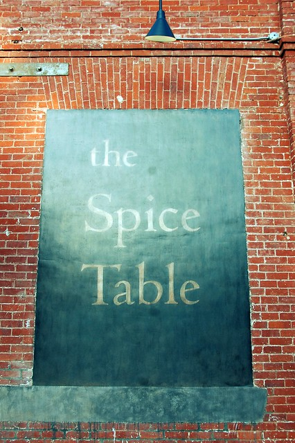 spice table 003