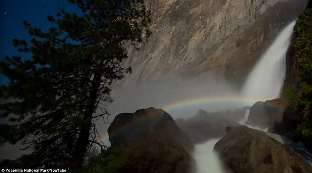Dazzling arc of colour lights up night sky at Yosemite National Park  6