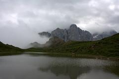 Laghetto (cremonesesimone) Tags: mountain lake lago italia alto montagna trentino belluno dolomiti adige veneto