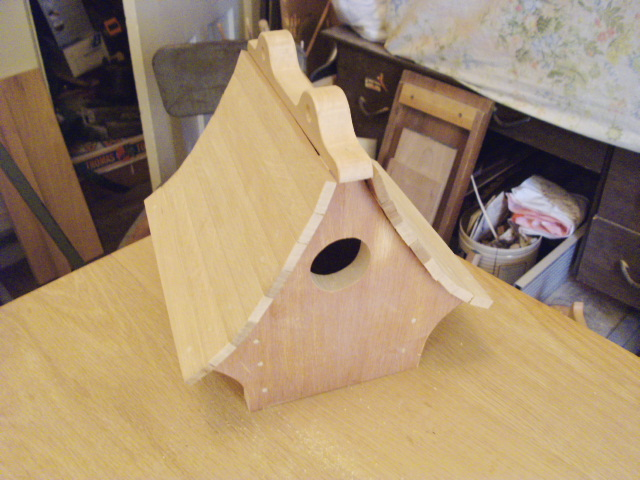 New birdhouse...