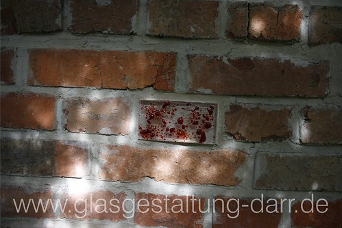 """Glas-""""Ziegel"""" / bricks made of glass • <a style=""""font-size:0.8em;"""" href=""""http://www.flickr.com/photos/65488422@N04/5961717490/"""" target=""""_blank"""">View on Flickr</a>"""
