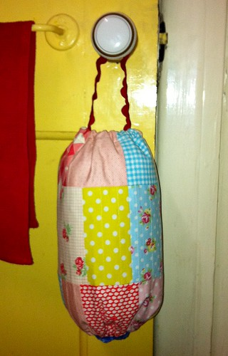 My [mini] Grocery Bag Dispenser
