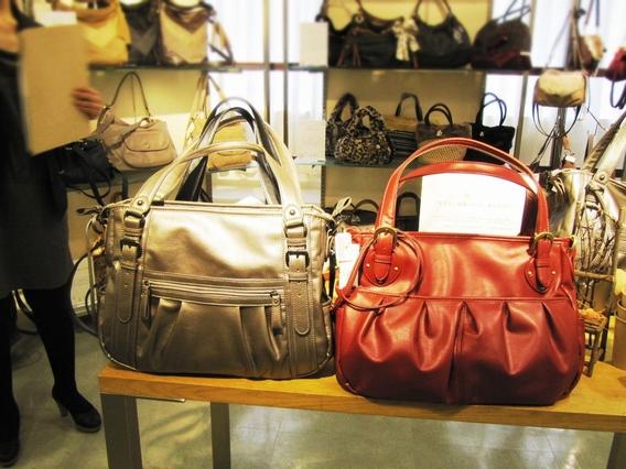 マザーズバッグに最適な斜めがけも出来るマルイ2wayバッグ