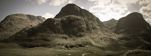IMG_4908 - Three Sisters of Glencoe
