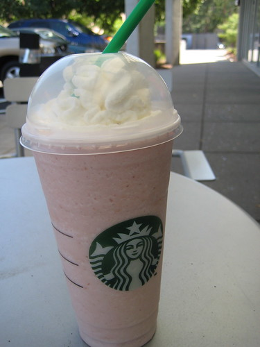 Starbucks Strawberries N' Creme Frappucino