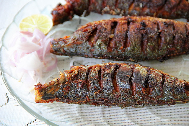 http://spicychilly.blogspot.com/2011/08/ayala-varuthathu-fried-mackerel.html
