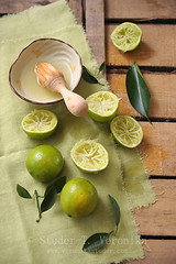 Squeezed lime (StuderV) Tags: food green fruit still nikon juice citrus lime sour squeezed foodphotography foodstyling d700 tabletopstyling