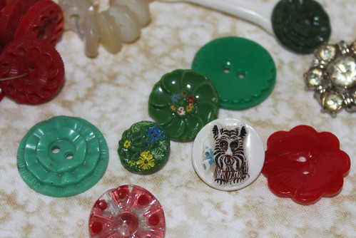 Treasures in buttons 2