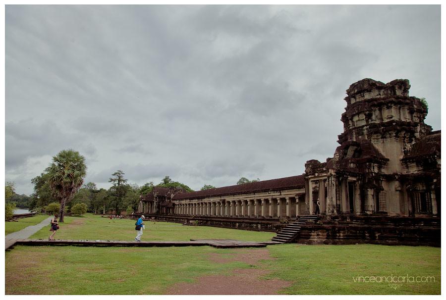 angkor entrance blended