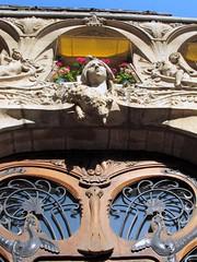 Nymphe de Lavirotte (dgidgil) Tags: paris building artnouveau scupture immeuble lavirotte nymphe groscaillou