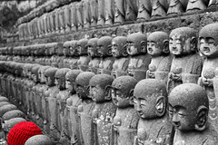 I didnt get the memo (Marquisde) Tags: red bw lines japan stone point blackwhite buddha kamakura statues row 7d vanishing jizo hasedera selectivecolour hasederatemple canonefs1585mmf3556isusm