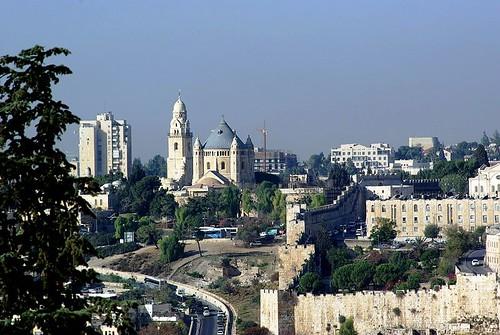 Vista de la Abadía y la ciudad desde el Monte de los Olivos