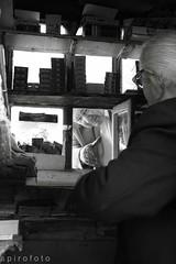 (spirofoto) Tags: old people man greek photo village greece kiosk ελλαδα χωριο spirofoto περιπτερο φωτογραφια παλια περιπτερασ