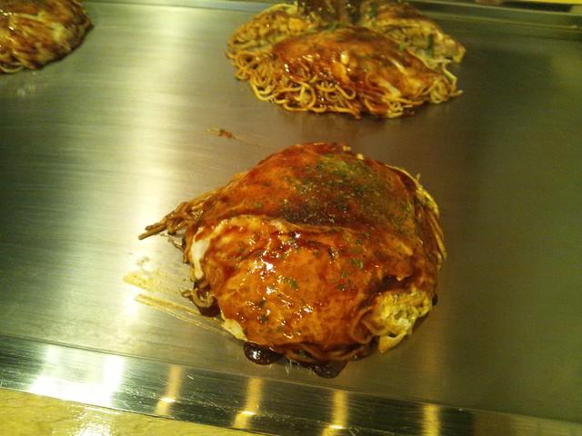 広島お好み焼き うさぎの肉玉ランチの写真