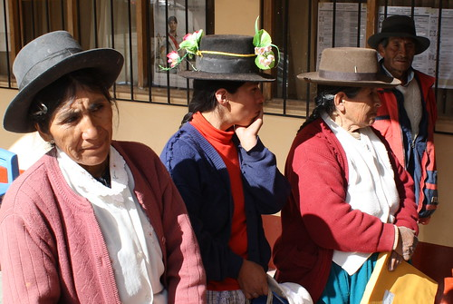 Local women in Huamanquiquia