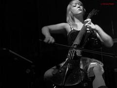 Chord supremancy (simone.pelatti) Tags: music cello black white blond shadow