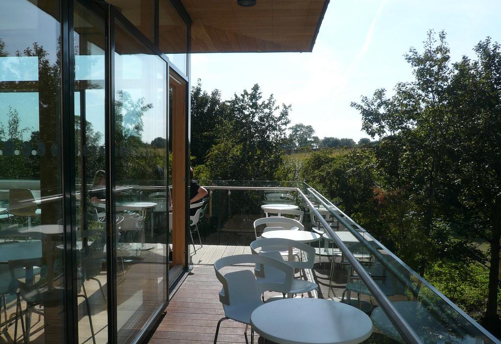 cafe deck090902