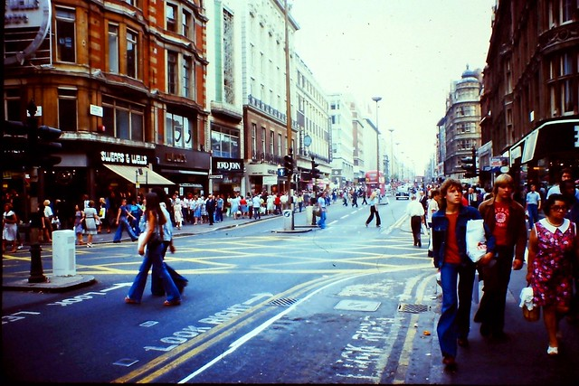 1976 - London - Oxford Street - Towards Bondstreet