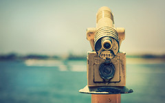 Focus (isayx3) Tags: blue sea beach water nikon dof sandiego bokeh 85mm retro telescope shallow nikkor f18 studios tones d3 seaportvillage viewfinder hbw plainjoe isayx3 plainjoephotoblogcom