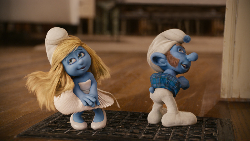 Smurfette and Gutsy Smurf
