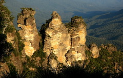 The three sisters, Blue Mt, Sydney Australia (xiaomeisun ( I am back online )) Tags: nature landscape sydney australia bluemountain xiaomeisun