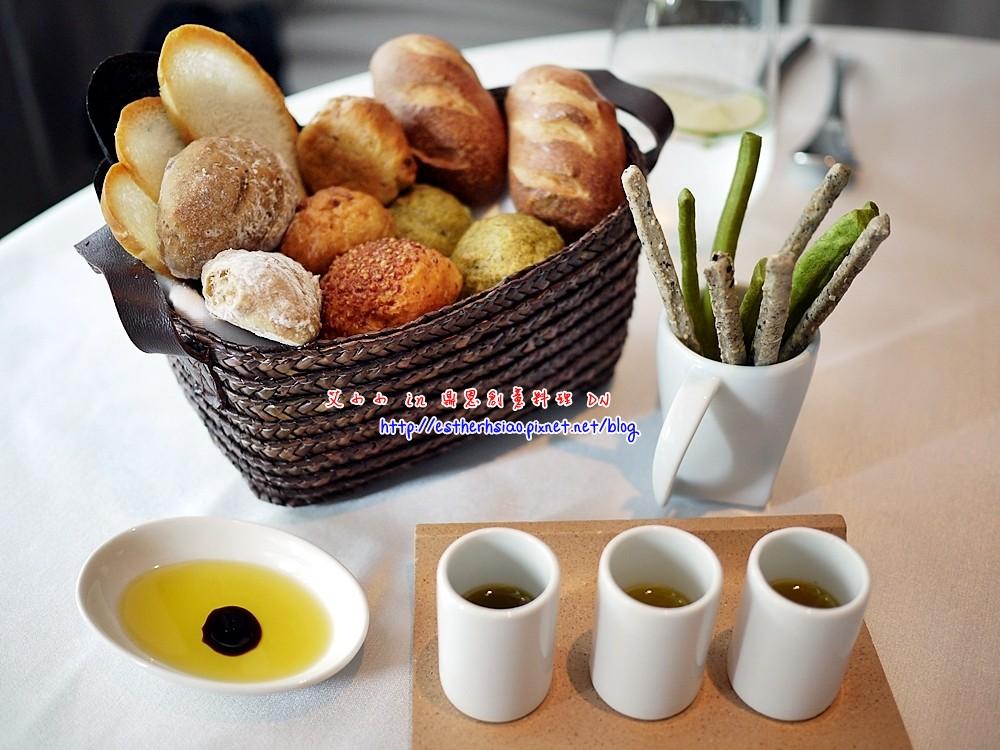 22 手工麵包與麵包棒