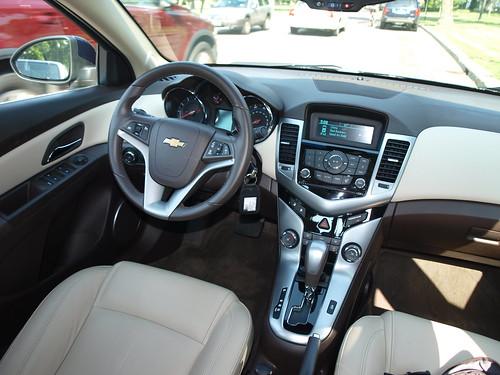 2011 Chevrolet Cruze 11