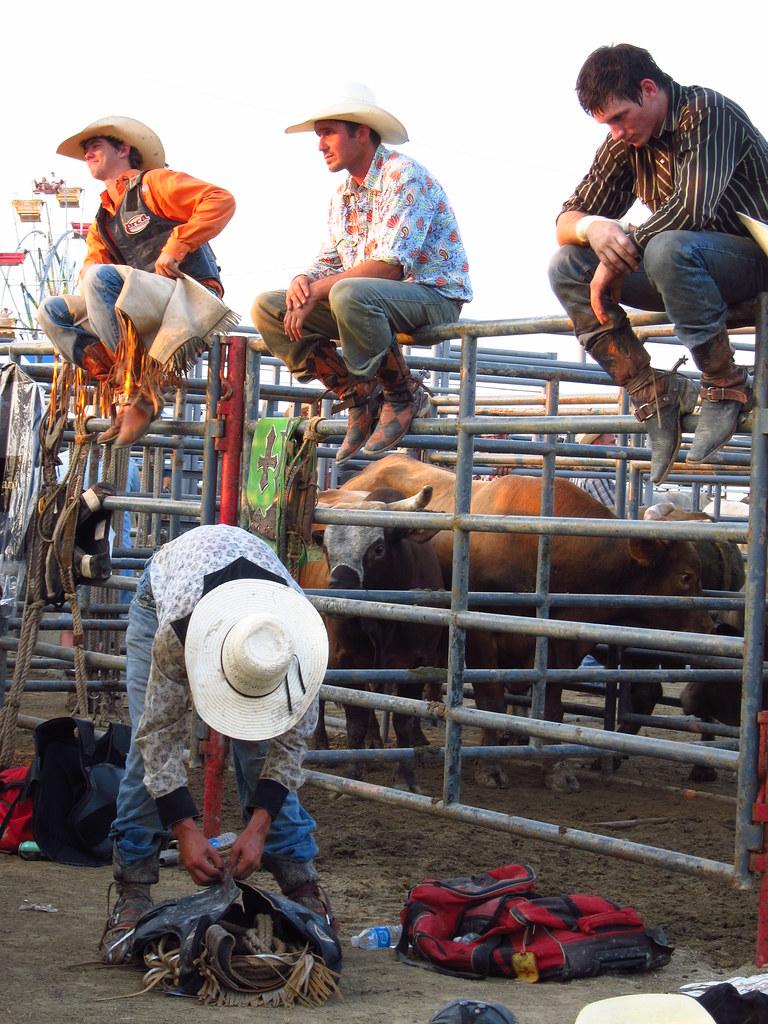 The Worlds Best Photos Of Bullriding And Chaps Flickr Hive Mind Rodeo Bundling 6 Gear Jdeanphoto Tags Ohio Man Men Cowboy Fair Bull Cowboyhat