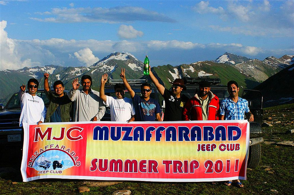 Muzaffarabad Jeep Club Summer Trip 2011 - 5969188067 8775792608 b