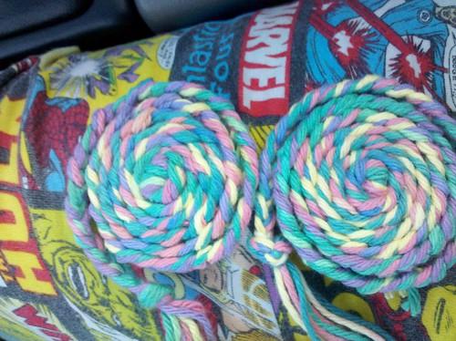Yarn rosettes!!