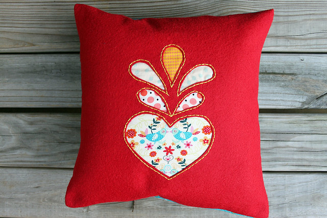 HeartFelt Pillow Cover for Fat Quaterly Issue 6 -- Alternative Fabrics 2011