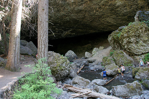 Entrance to Boulder Cave