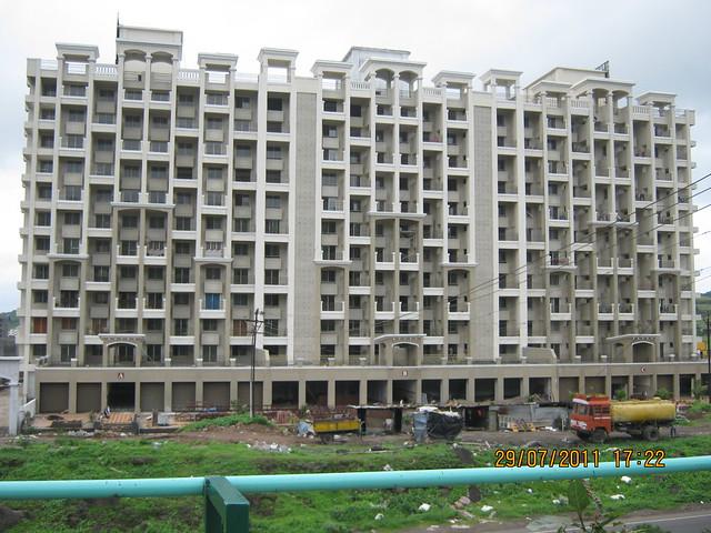 Zinnea on Mumbai Bangalore Bypass at Chandani Chowk! - Visit to Paranjape Schemes' Gloria Grace, 2 BHK & 3 BHK Flats, at Bavdhan, on Paud Road, Kothrud Annexe, Pune